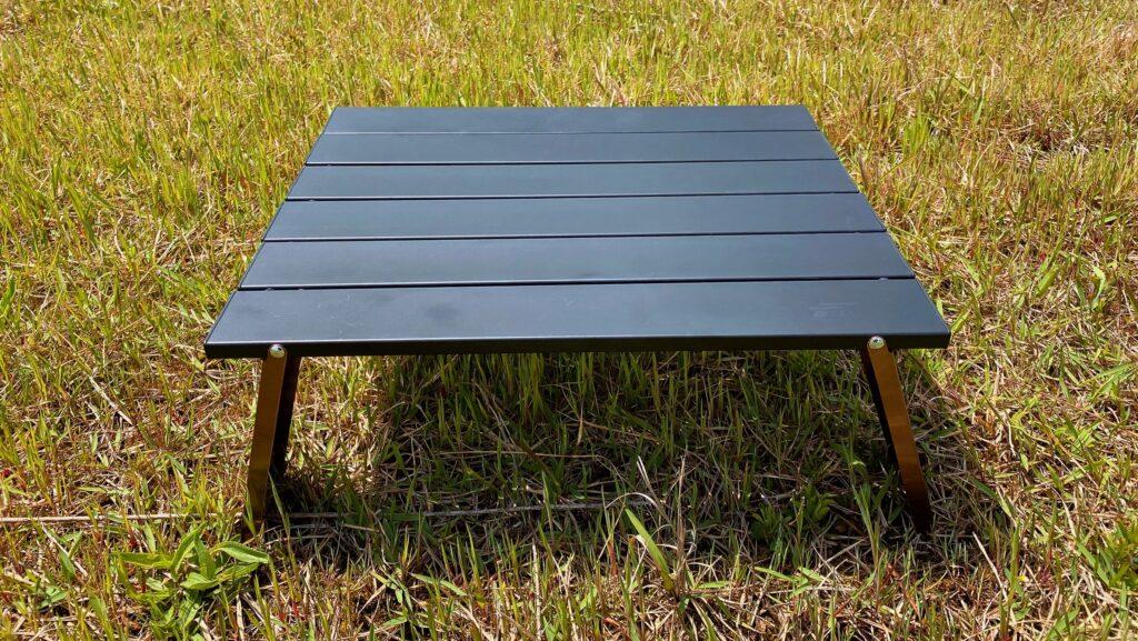 fieldoorのアルミローテーブル 正面